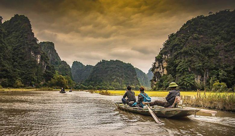 Séjour sur le fleuve du vietnam