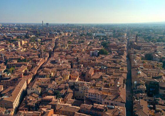 Voyage dans la ville de Bologne